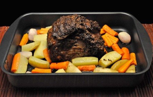 how to cook a pork roast with potatoes and carrots