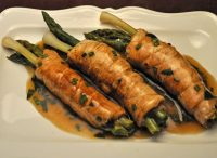 Turkey Rolls with Asparagus and Green Garlic